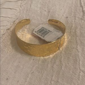 Nordstrom's beautiful gold cuff bracelet , NWTs